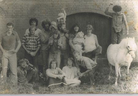 Min kollektiv barndom, ja det er mig til hest og ja, jeg ved det... den er sgu' svær at slå :-)