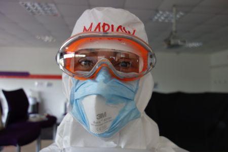 """Træning i PPE, hvordan tror du det går med """"a fart in a spacesuit?"""""""