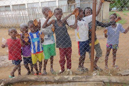 4. Ebola bolden ruller igen