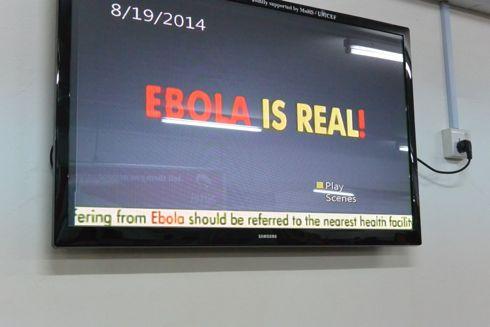 The truth! Hvis man skulle være i tvivl, så har de sat disse op i lufthavnen.