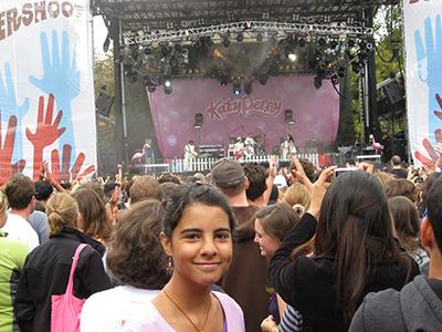 Cirkeline inden det gik op for hende hvor lang en Katy Perry koncert er.