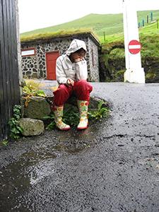 Fedt at være på ferie med sin far og mor i regnvejr.....